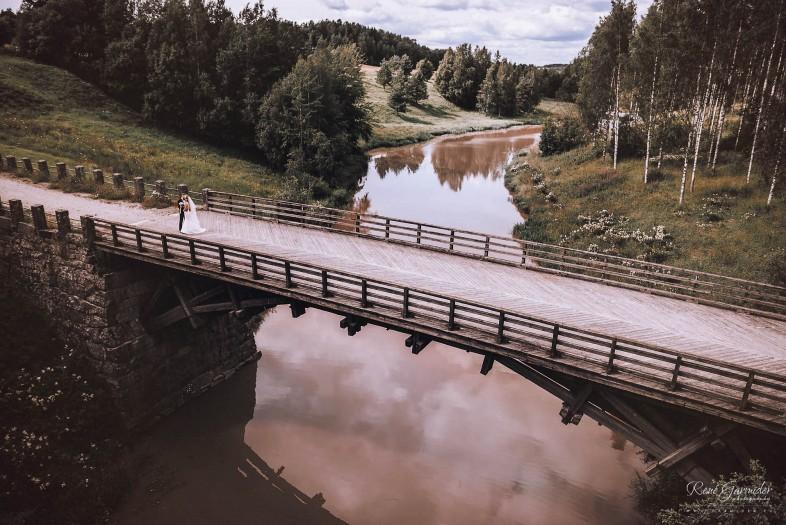 valokuvaaja-salo-haakuvaaja-halikko-mathildedal-emma-josh-3053
