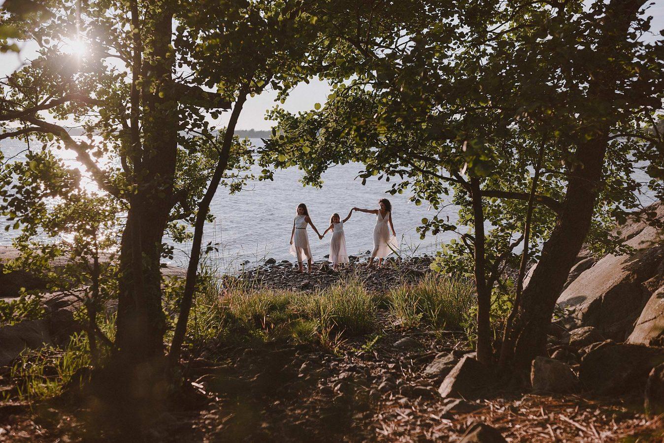 perhekuvaus-turussa-ruissalossa-valokuvaaja-lapsikuvaus-5173